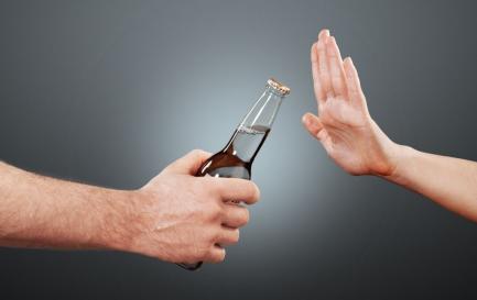应酬必备!学会这些酒桌技巧,怎么劝酒都不怕了!